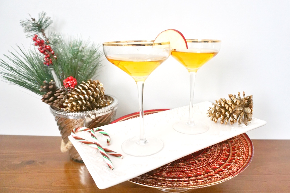 Holiday Drink Recipes - Spiked Apple Cider Cocktail